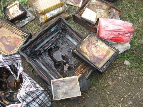 В Мариуполе сгорели иконы в строящемся храме (Добавлены ФОТО), фото-1