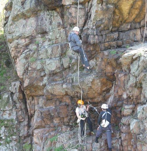 Кременевские скалы проверят на прочность мастерство мариупольских скалолазов , фото-1