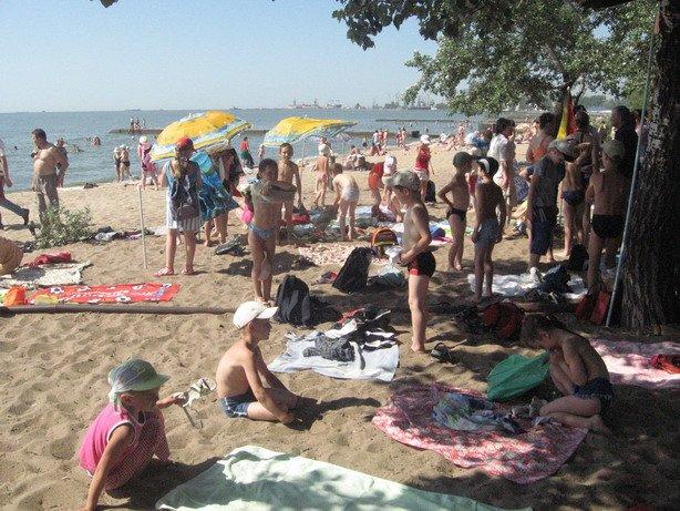 Мариупольские школьники первый раз в этом сезоне организованно вышли к морю (ФОТО), фото-1