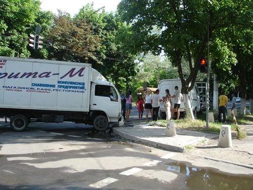 В Мариуполе россияне не хотят соблюдать правила дорожного движения (ФОТО), фото-1