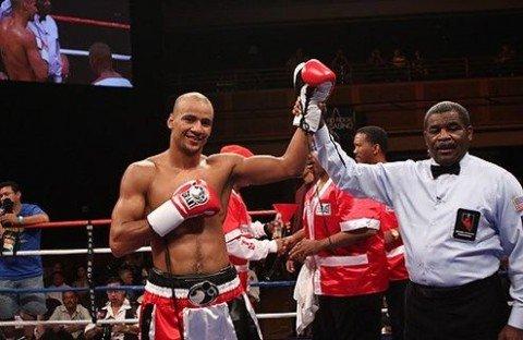 Воспитанник мариупольской школы бокса Исмаил Силлах нокаутировал Даниэля Джуду, фото-1