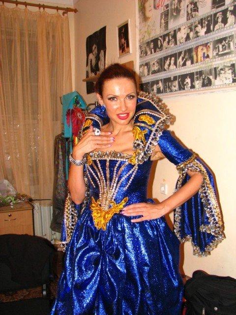 В Мариуполе Эвелина Бледанс прятала любовника в бочке (ФОТО), фото-1