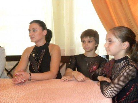 Мариупольские фигуристы показали, чего достигли за год (ФОТО), фото-1