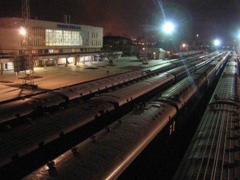 Донецкая железная дорога перевозит более трети грузов Укрзализныци, фото-1