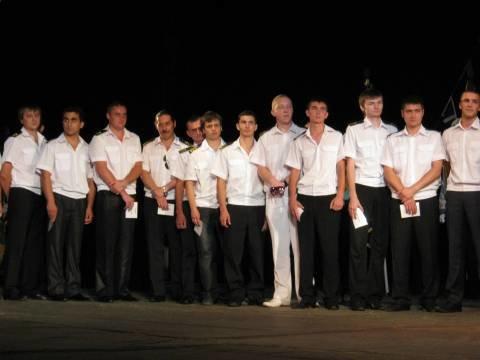 Мариупольским морякам желали семь футов под килем, хороших машин и красивой жизни (ФОТО), фото-1