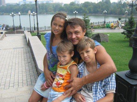 Мариупольская семья очень хочет попасть в шоу «Семейный размер» и поехать в Аргентину (ФОТО), фото-1