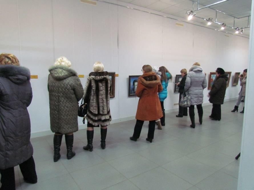 В Мариуполе презентовали выставку картин Никаса Сафронова (ФОТО), фото-7