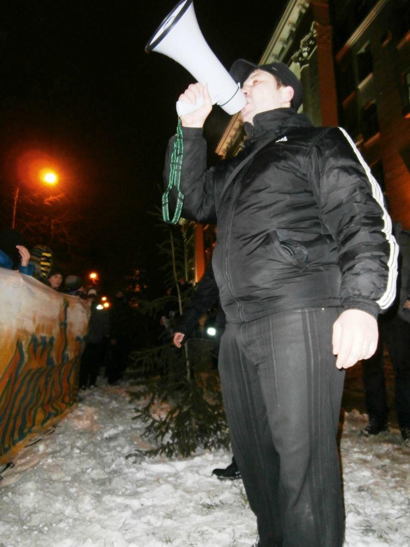 Милиционер: «Показали этим пид**сам как нужно себя вести». В Харькове произошла массовая драка между ультрас и правоохранителями (видео), фото-24