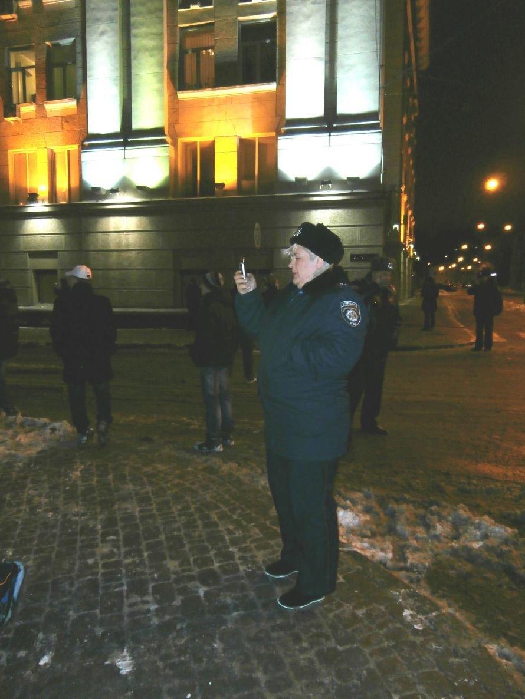 Милиционер: «Показали этим пид**сам как нужно себя вести». В Харькове произошла массовая драка между ультрас и правоохранителями (видео), фото-16