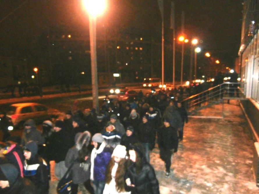 Милиционер: «Показали этим пид**сам как нужно себя вести». В Харькове произошла массовая драка между ультрас и правоохранителями (видео), фото-13