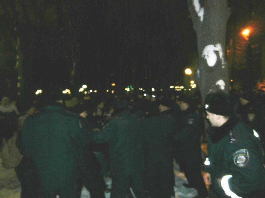 Милиционер: «Показали этим пид**сам как нужно себя вести». В Харькове произошла массовая драка между ультрас и правоохранителями (видео), фото-34