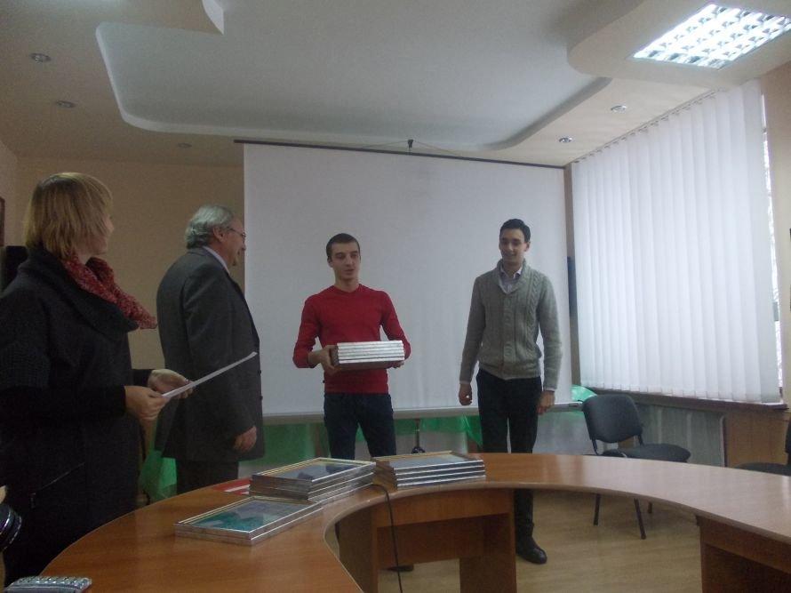 На конкурсе застройки центральной части Артемовска победил археологический музей и эксплуатируемые кровли, фото-12
