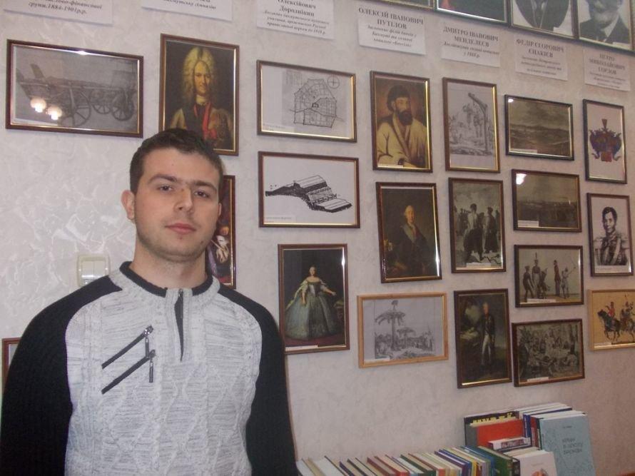 В артемовский Учебно-научный професионально-педагогический институт УИПА едут учиться даже из Крыма, фото-5