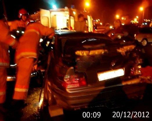 На выезде из Луганска произошло ДТП. 21-летний водитель в тяжелом состоянии (ФОТО), фото-2
