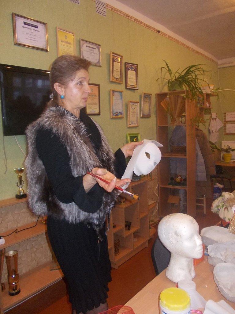 Артемовские педагоги осваивали технику изготовления «накидок на лицо», фото-1