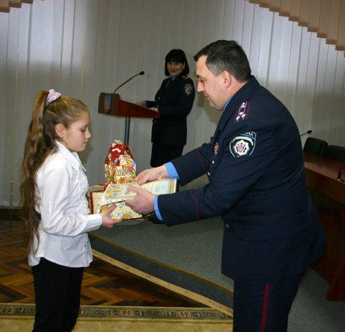 21_12_2012_Мариуполь_Конкурс_Рисунков_3s