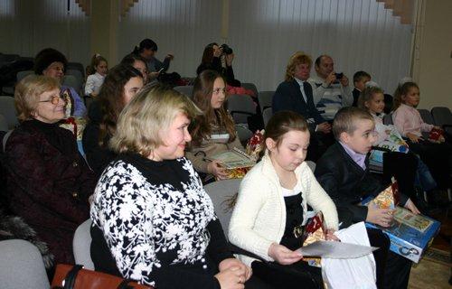 21_12_2012_Мариуполь_Конкурс_Рисунков_4s
