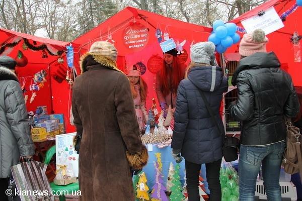 В Симферополе на ярмарке умельцы представили hand-made  (ФОТО), фото-1