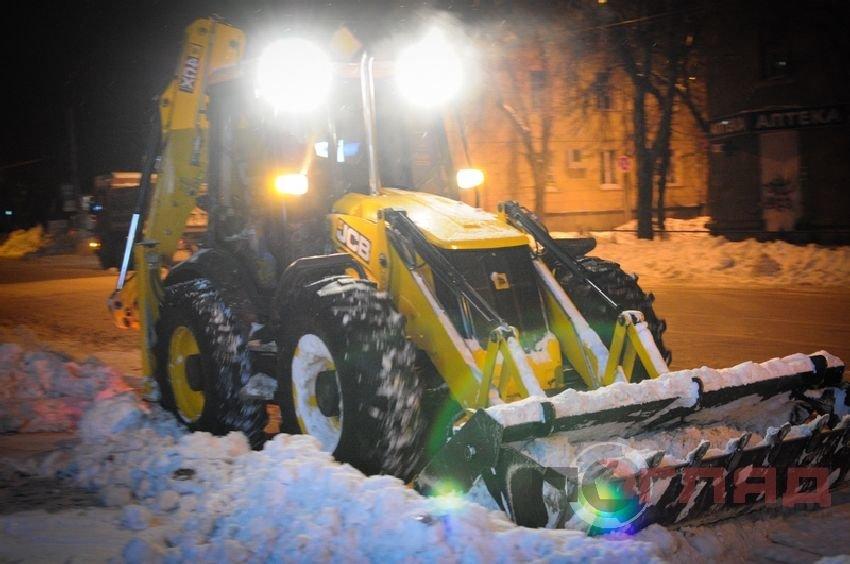 snih traktor 6