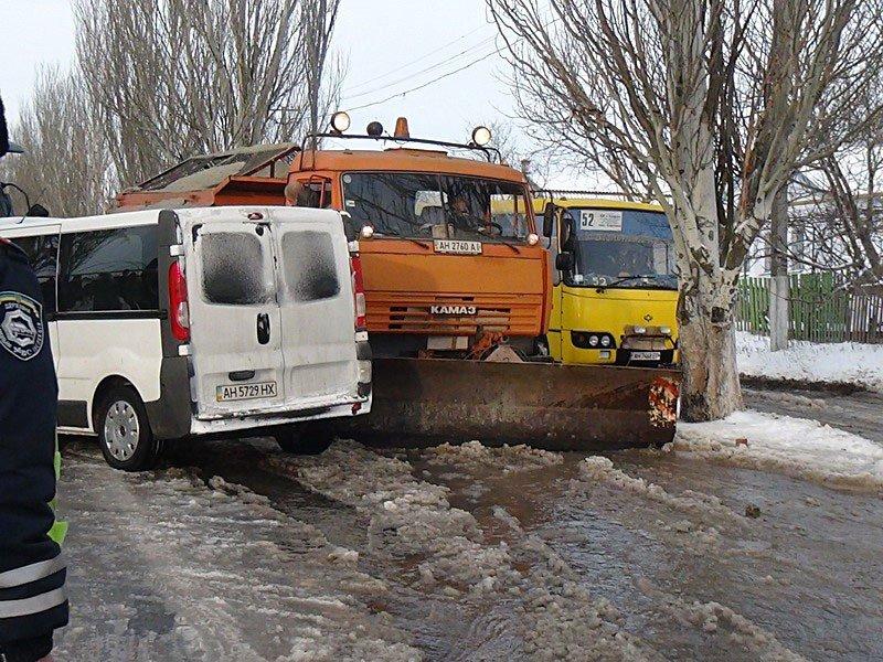 В Сартане микроавтобус врезался в маршрутку. Есть пострадавшие (Дополнено) (ФОТО+ВИДЕО), фото-3