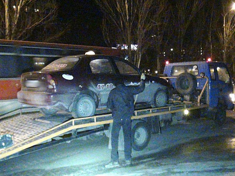 В Мариуполе ГАИ задержала бесправного таксиста (ФОТО), фото-1