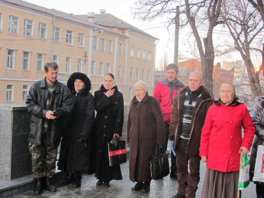 В Днепропетровск прибыли мощи великомученика Пантелеймона, фото-3