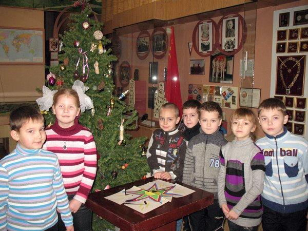 Музей истории в дни каникул показывает горловским школьникам игрушки «как у бабушки», фото-4