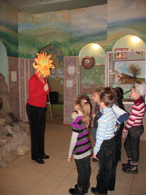 Музей истории в дни каникул показывает горловским школьникам игрушки «как у бабушки», фото-2