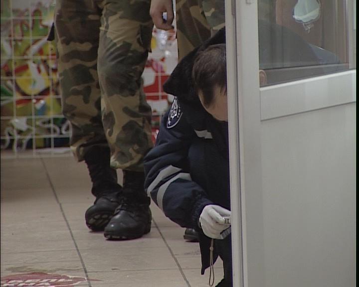 В Днепропетровске ограбили ювелирный магазин (ФОТО), фото-1