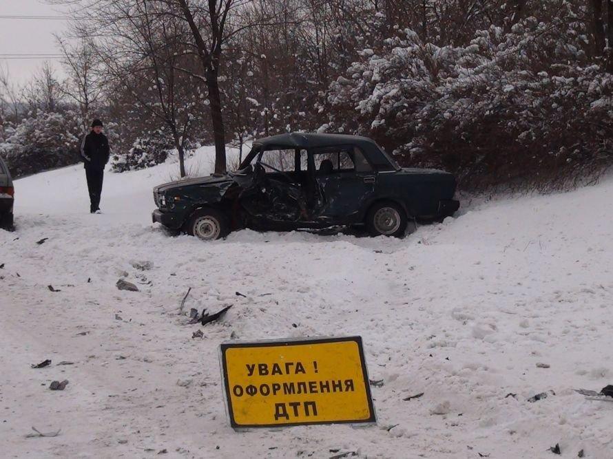 ДТП на въезде в Мариуполь. Столкнулись два авто. Погиб водитель. За рулем одной из машин находился сотрудник милиции (ФОТО ВИДЕО), фото-3