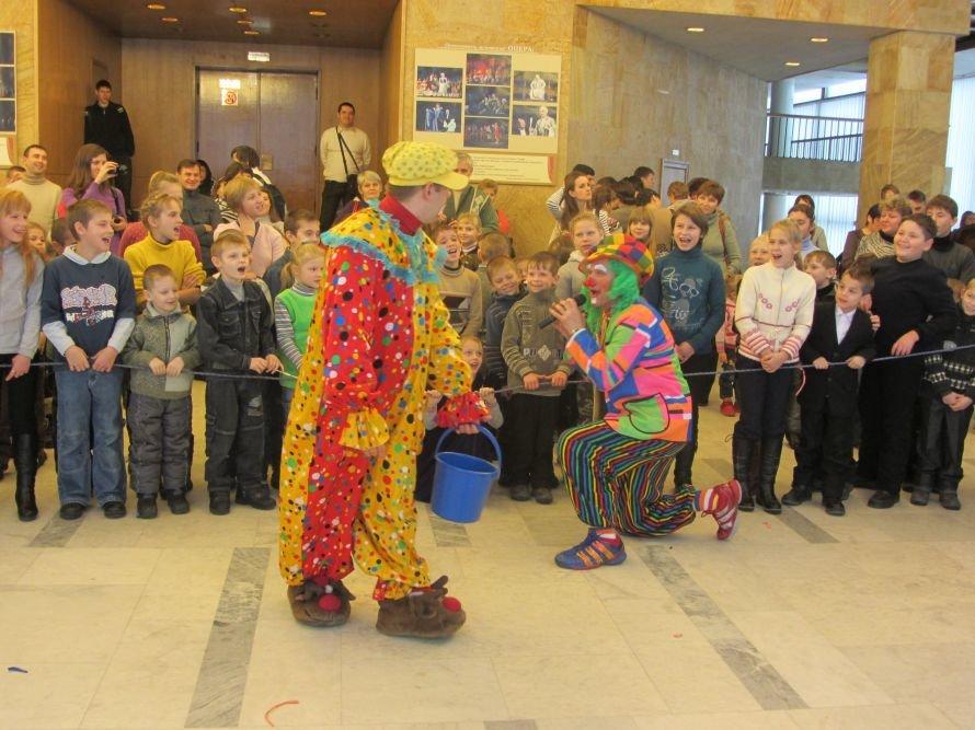 «Сияние радуги» подарило днепропетровским детям праздник (Фоторепортаж), фото-1