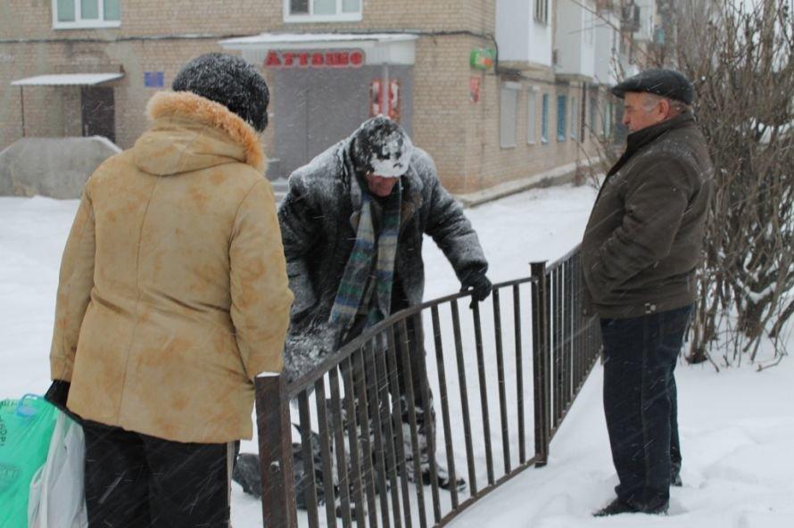 Литр самогона для согрева: как артемовского бомжа спасали от мороза, фото-2