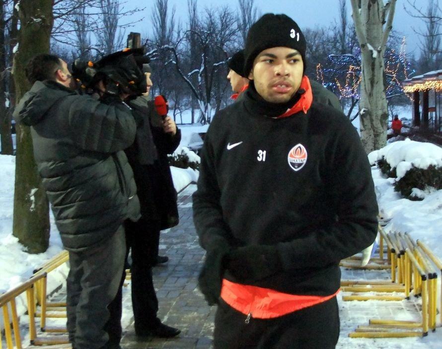 Мирча Луческу:  Виллиан не вернулся вовремя из отпуска и оказывает тем самым определенное давление на клуб, фото-1