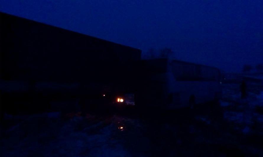 На заснеженной трассе под Мелитополем автобус Мариуполь-Одесса столкнулся с грузовиком (ФОТО), фото-2