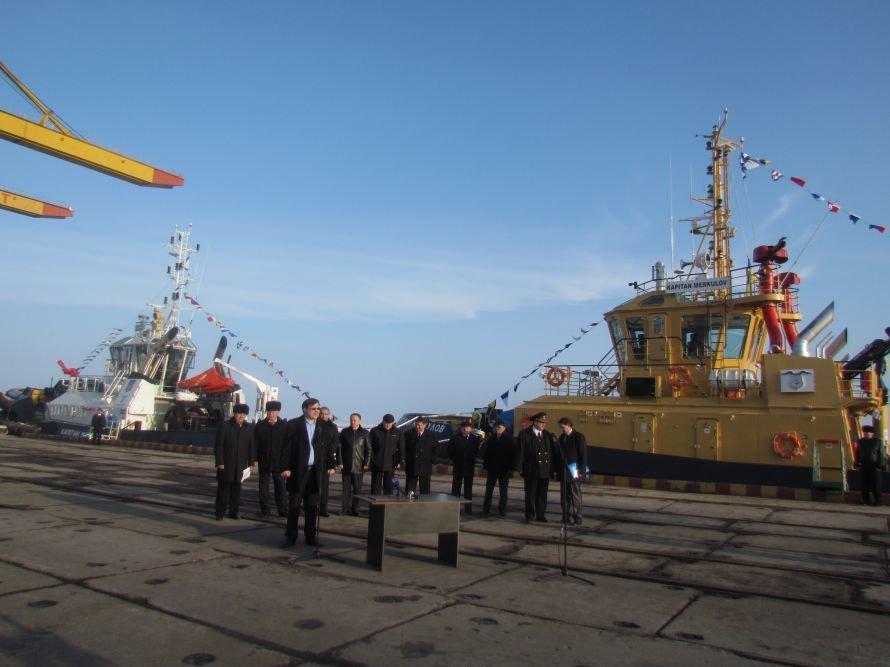 В мариупольском порту подняли государственный флаг на двух новых буксирах (ФОТО), фото-5
