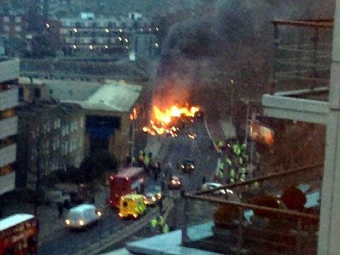 Сегодня в центре Лондона упал вертолет (фото, видео), фото-1