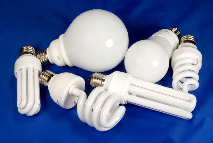 Граждане, не выбрасывайте отслужившие энергосберегающие лампы, лучше отнесите их в КАТП-1628!, фото-1