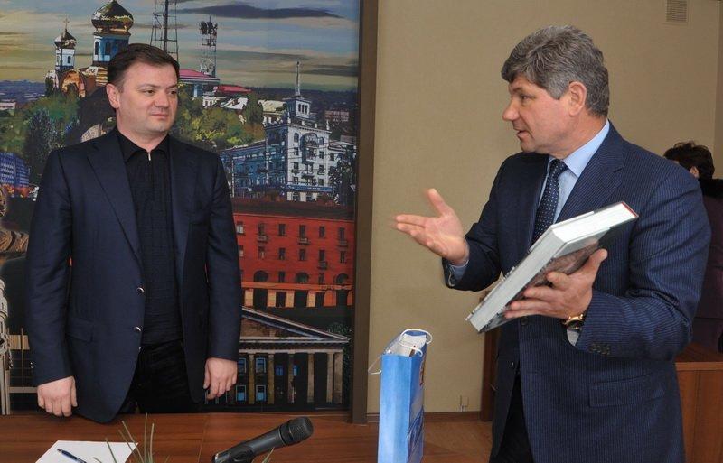 Мэр Кравченко надеется, что луганские нардепы принесут городу много пользы (ФОТО), фото-1