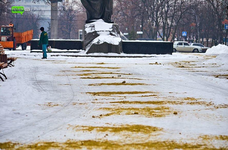 Луганский парк Шевченко посыпали песком (ФОТО), фото-3