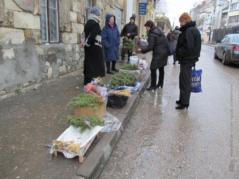 В Симферополе под носом у милиции торгуют подснежниками (ФОТО), фото-1