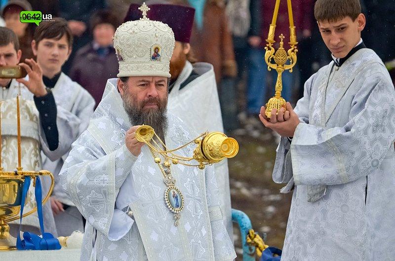 Сегодня луганчане вместе с мэром смывали грехи на «Восмерке» (ФОТО), фото-3