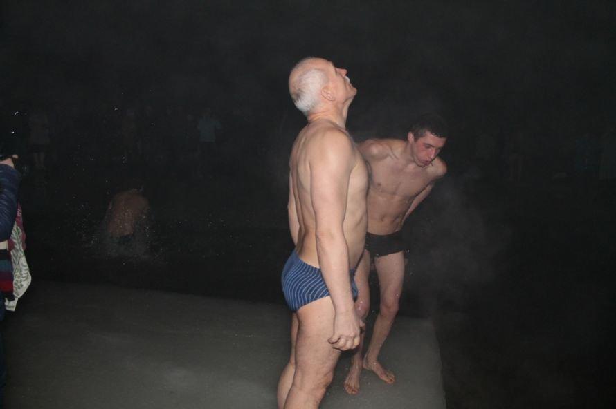Артемовцы окунулись в крещенскую купель (ФОТО), фото-2