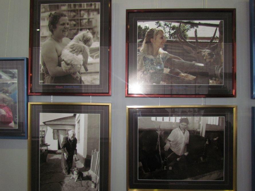 В Мариуполе  фотограф Александр Поневин показал жизнь такой, какая она есть (ФОТО), фото-3