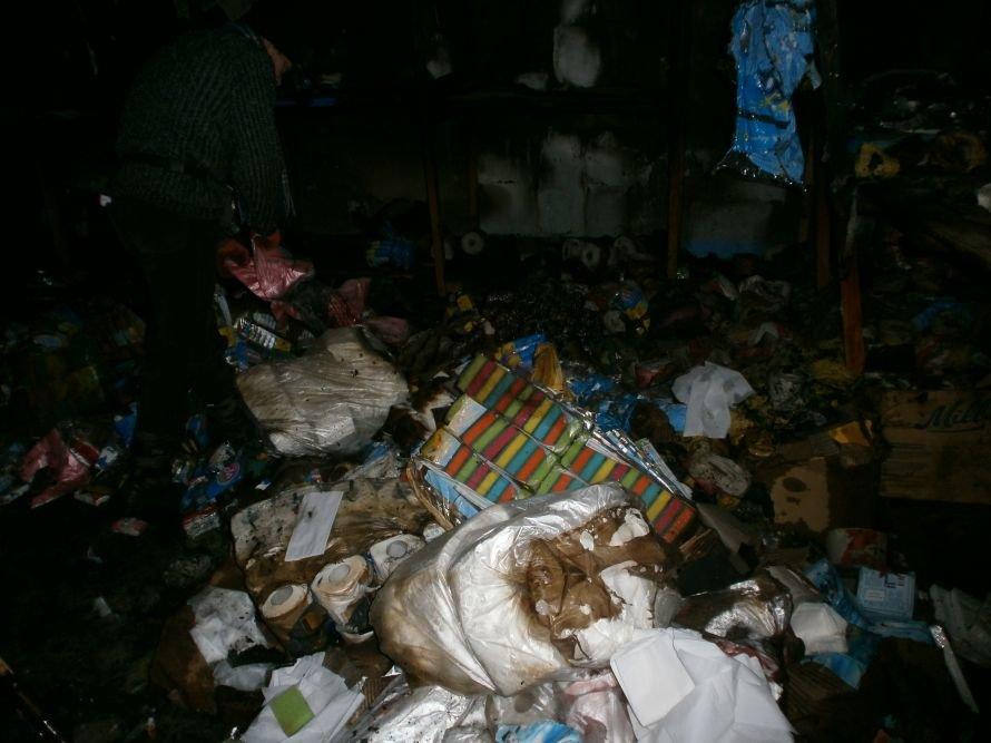 Сегодня Мариуполь чуть не остался без запасов туалетной бумаги (ФОТО), фото-7