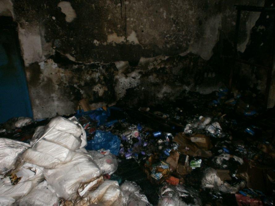 Сегодня Мариуполь чуть не остался без запасов туалетной бумаги (ФОТО), фото-9