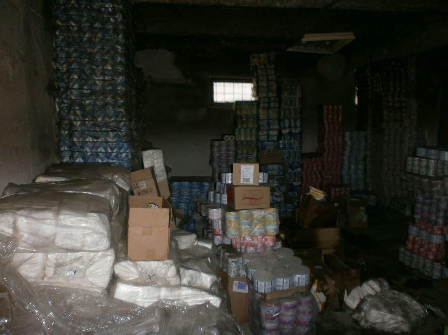 Сегодня Мариуполь чуть не остался без запасов туалетной бумаги (ФОТО), фото-5