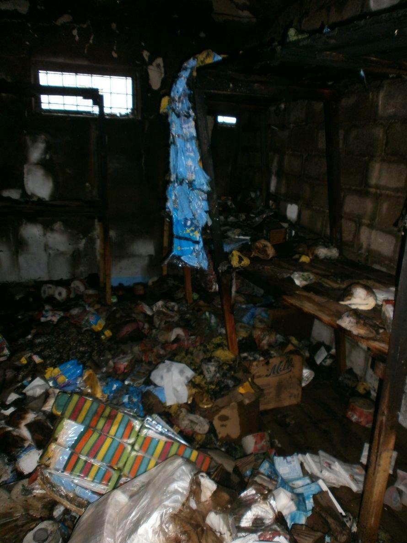 Сегодня Мариуполь чуть не остался без запасов туалетной бумаги (ФОТО), фото-8