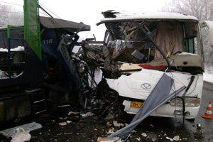 На Полтавщине  врезался грузовик: 9 пассажиров пострадали (фото) - фото 3