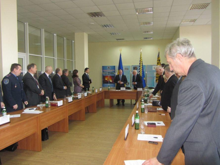 У днепропетровских вузов много проблем, но мы будем стараться их решить, - губернатор Колесников, фото-4