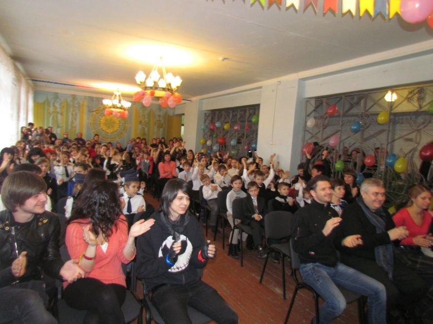 В Мариуполь прибыли звезды «Х фактора» (ФОТО), фото-2